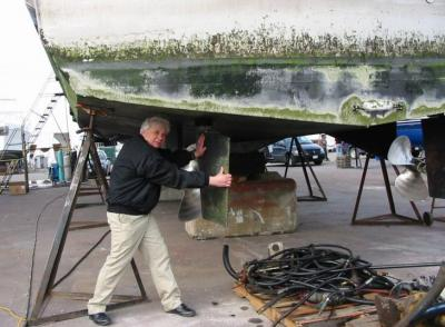 Al checks the rudders.jpg