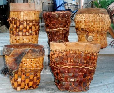 Untensile/wastepaper baskets