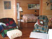 Gwen's Self Catering Guest Suite